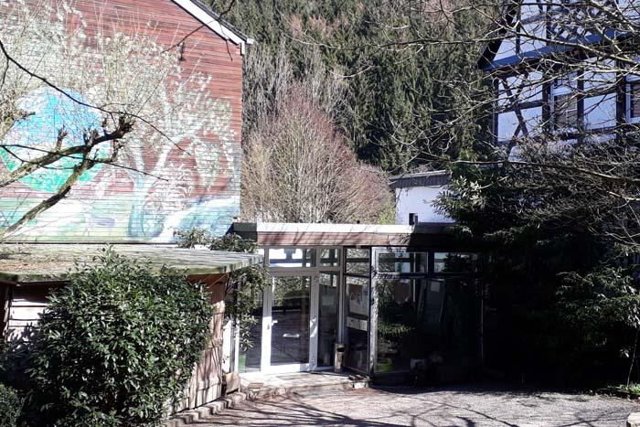 Anblick auf den Eingang vom BUND Bildungszentrum Marienhof